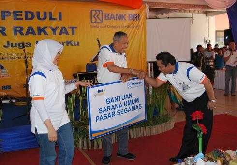 Program BRI Peduli Pasar Rakyat di Purbalingga